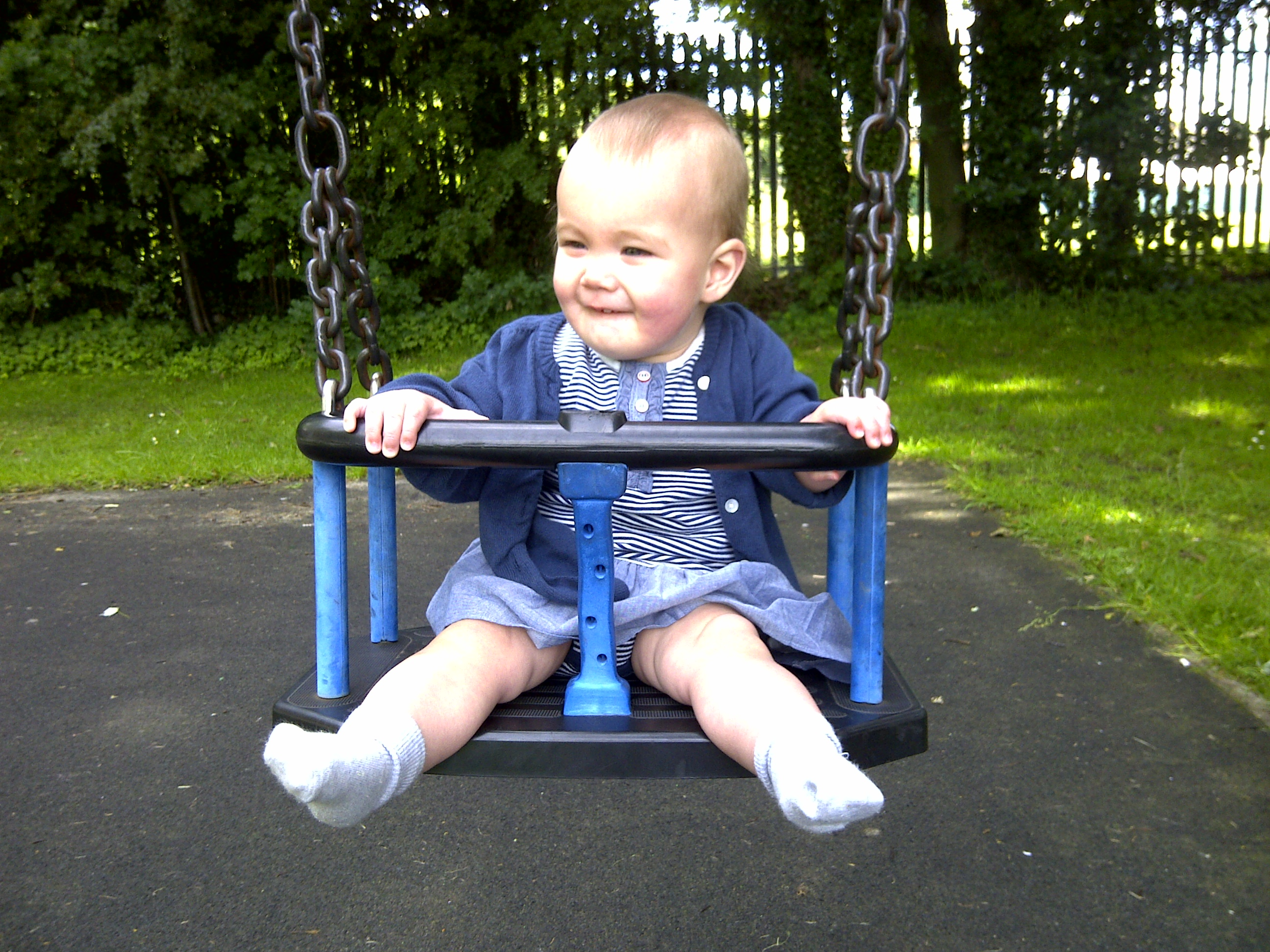 Boo and the colour coordinated swing!