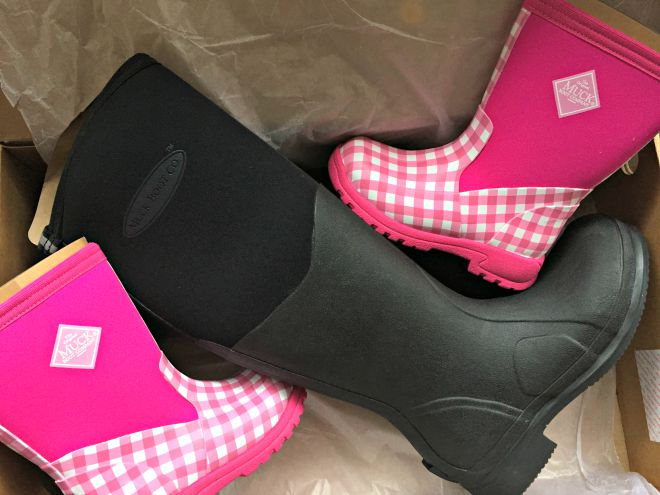 Muck Boot delivery for Mummy and Boo